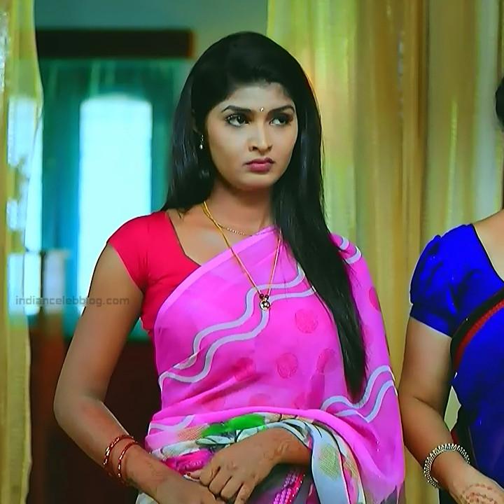 Kannada TV serial actress Bili HS1 1 hot saree caps