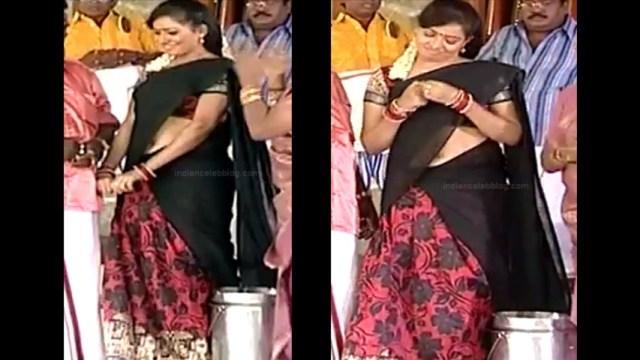 Minnal Deepa Tamil TV actress PonDTS1 10 hot sari navel caps