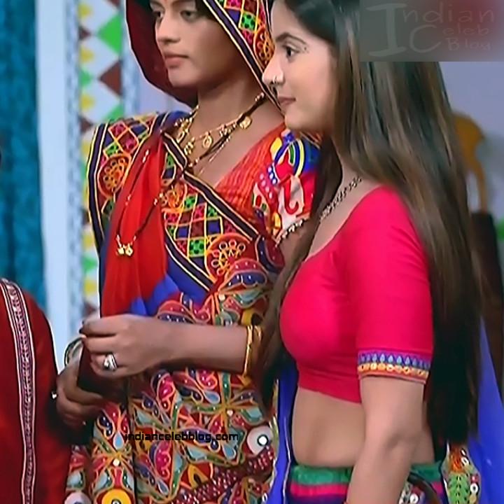 Nikki Sharma Hindi serial actress Roop MKNSS1 21 hot lehenga pics