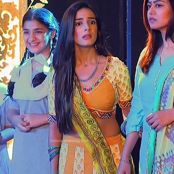 Nikki Sharma Hindi serial actress Roop MKNSS1 5 hot lehenga pics