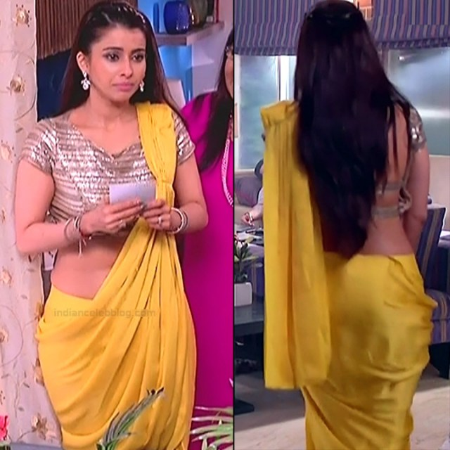 Pranitaa Pandit Hindi TV actress Kasam S1 12 hot backless saree photo