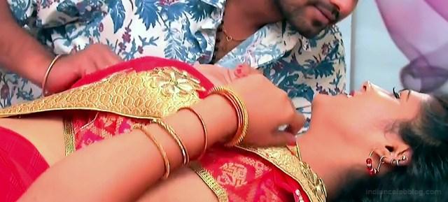 Sangeetha Kamath shravya karthika deepam actress 4 hot saree pics