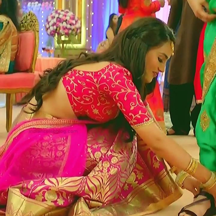 Surbhi Jyoti Hindi TV actress Naagin S1 14 hot lehenga choli pics