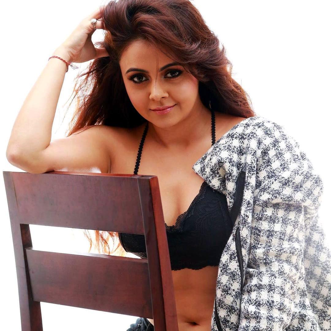 Devoleena Bhattacharjee hindi tv actress CTS2 6 hot lingerie photoshoot image