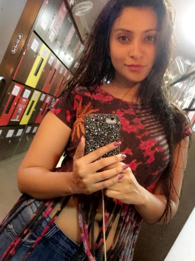 Hindi TV actress Aleeza khan CTS2 1 hot glamour photo
