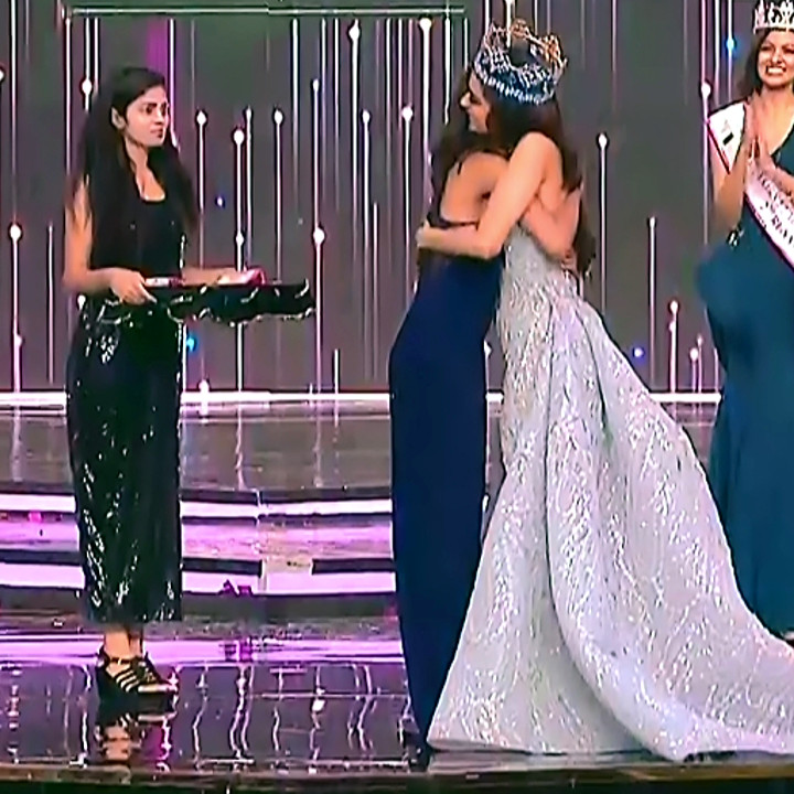 Manushi Chhillar Anukreethy Vas at Miss world 2018 Final 1