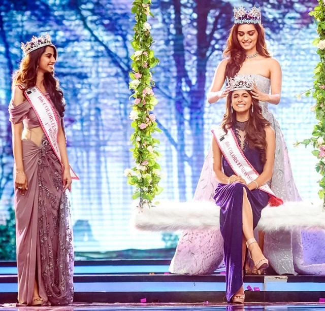 Manushi Chhillar Anukreethy Vas at Miss world 2018 Final 3