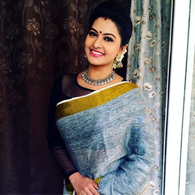 Rachitha Mahalakshmi Tamil TV actress CTS1 1 hot saree photo