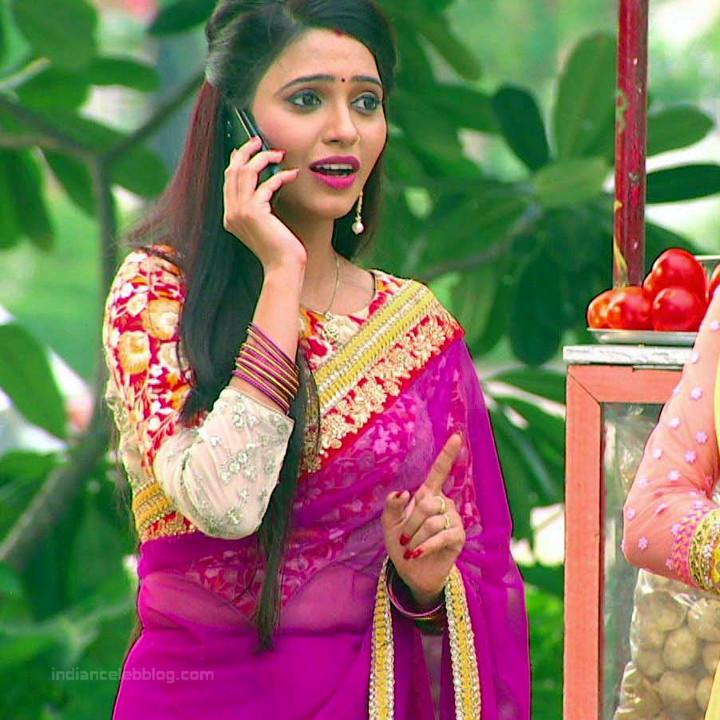 Roshni rastogi hindi tv actress CelebTS1 13 hot saree pic