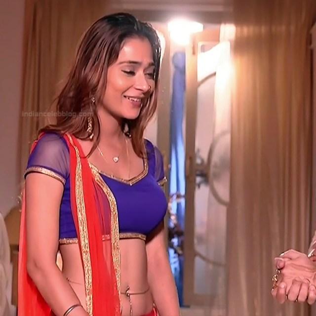 Sara khan hindi serial actress Shakti AS2 7 hot lehenga choli photo