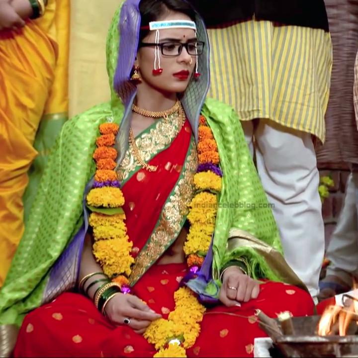 Sonal Vengurlekar hindi tv actress YehVRS8 13 hot saree pic