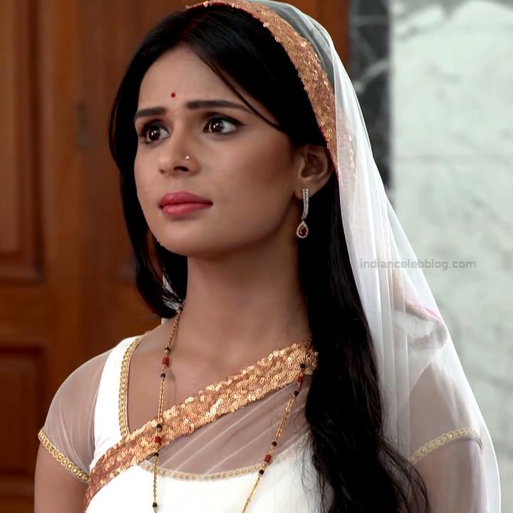 Sonal Vengurlekar TV actress Yeh VRS7 8 hot sari photo