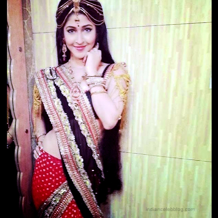 Sonarika Bhadoria Tv actress Devon ke mahadev CTS1_10_Hot Saree photo