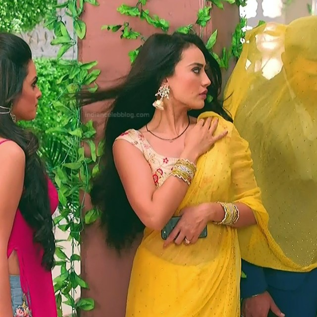 Surbhi Jyoti Hindi TV Actress Naagin 3S2 23 hot saree caps