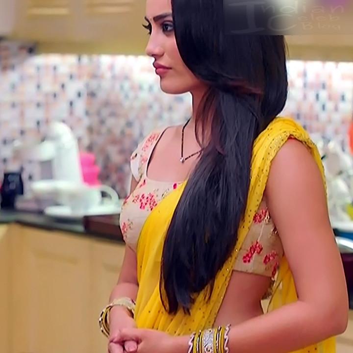 Surbhi Jyoti Hindi TV Actress Naagin 3S2 6 hot saree photo