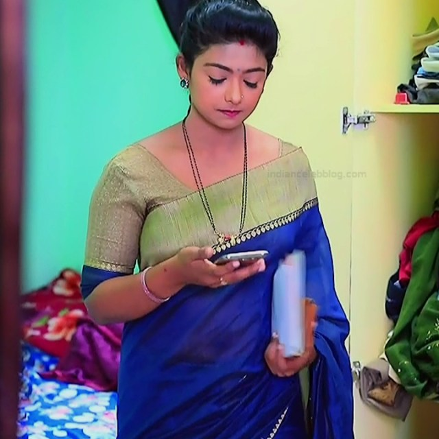 Bhoomi Shetty tv actress Kinnari S3 1 hot saree photo