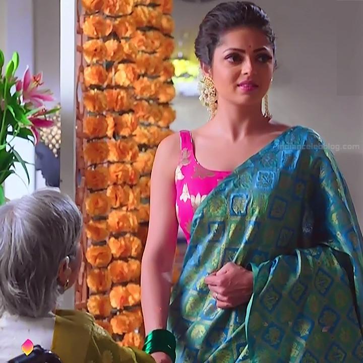 Drashti dhami hindi tv actress Silsila BRKS3 1 hot saree photo