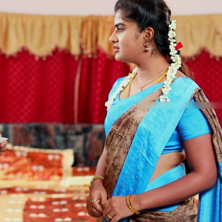 Keerthana podwal tamil tv actress ganga S1 14 hot saree photo