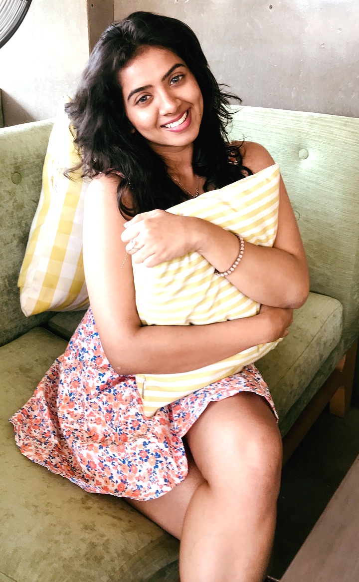 Lasya Nagaraj Kannada actress CTS2 5 glamour photo