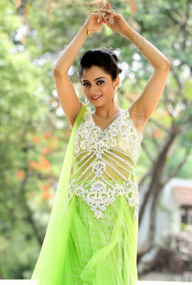 Madirakshi mundle hindi tv actress CTS2 22 photo