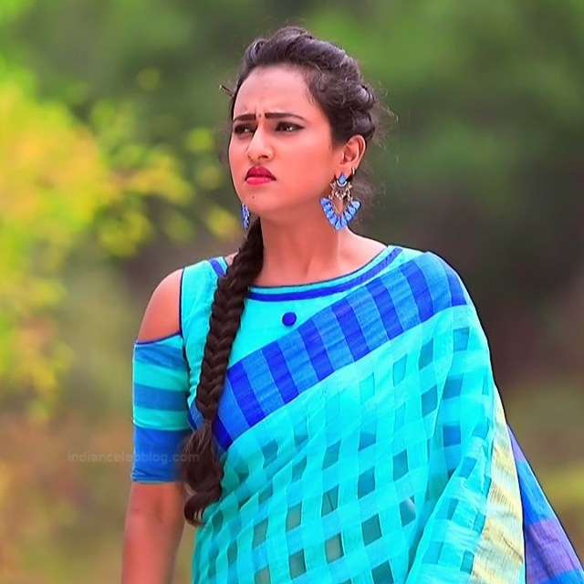Priyanka Kannada TV actress Agnisakshi S11 hot saree photo