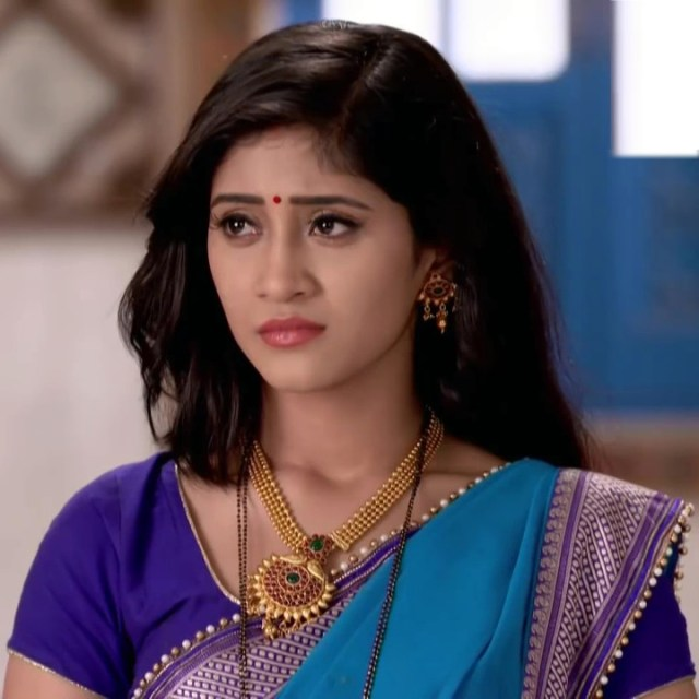 Shivangi Joshi hindi tv actress Begusarai S1 11 hot saree caps