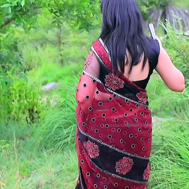 Sindhu Kalyan kannada tv actress PuttaGMS2 9 hot saree caps