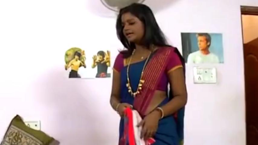 Ammu Apsara sexy low waist saree scene Video
