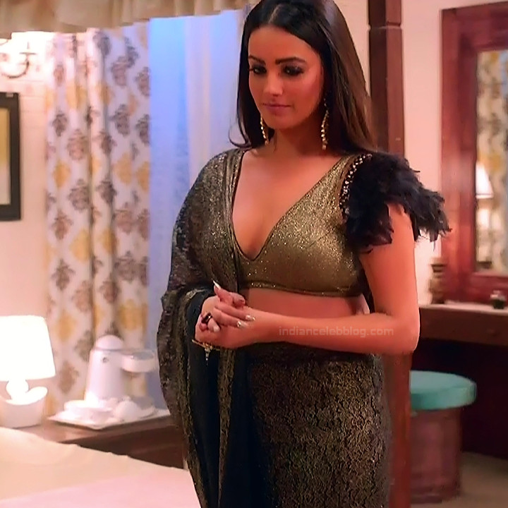 Anita hassanandani hindi tv actress Naagin S1 6 hot lehenga photo
