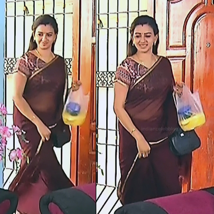 Divya ganesh tamil serial actress sumangali S4 10 sari pics