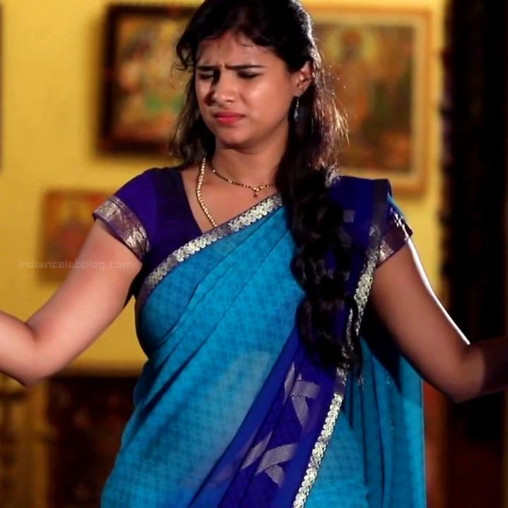 Kavitha tamil tv actress Neeli S1 17 hot saree photo