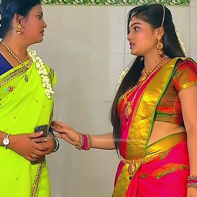 Priyanka nalkar tamil serial actress roja s1 22 saree photo