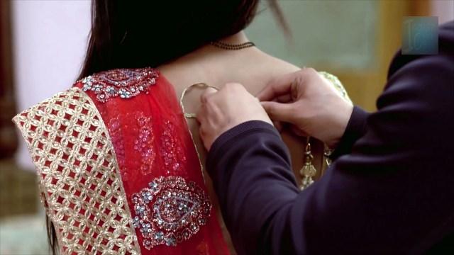 Sonal vengurlekar hindi tv actress Yeh VRS10 9 hot saree photo