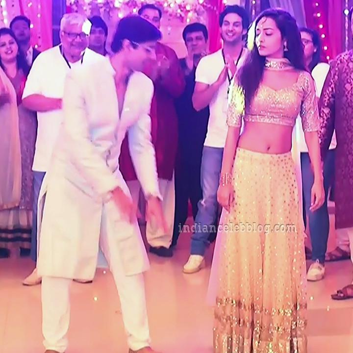 Aanchal goswami hindi TV actress Bepannah S1 4 hot lehehga photo