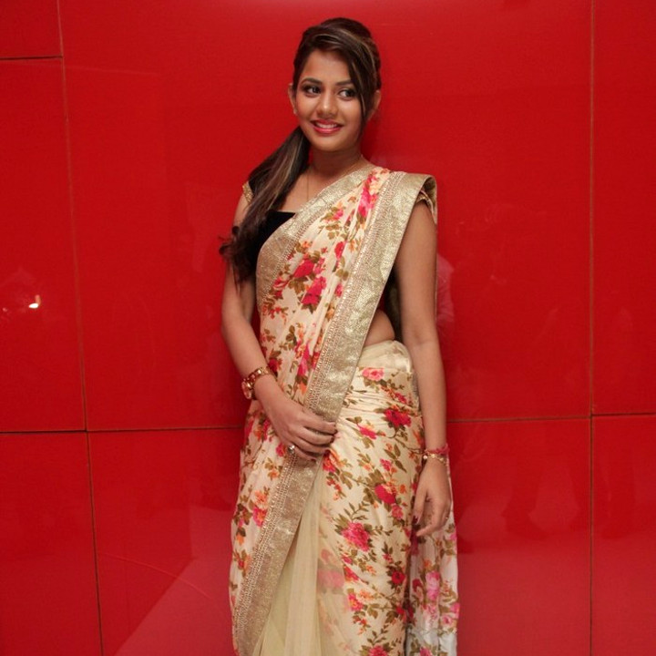 Aishwarya dutta tamil actress stills S1 7 hot sareephoto
