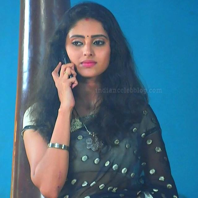 Ayesha tamil TV actress Maya S1 11 hot saree photo