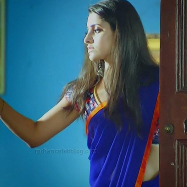 Ayesha tamil TV actress Maya S1 17 hot sari photo