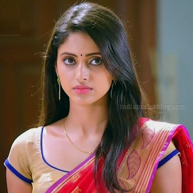 Ayesha tamil TV actress Maya S1 5 hot saree photo