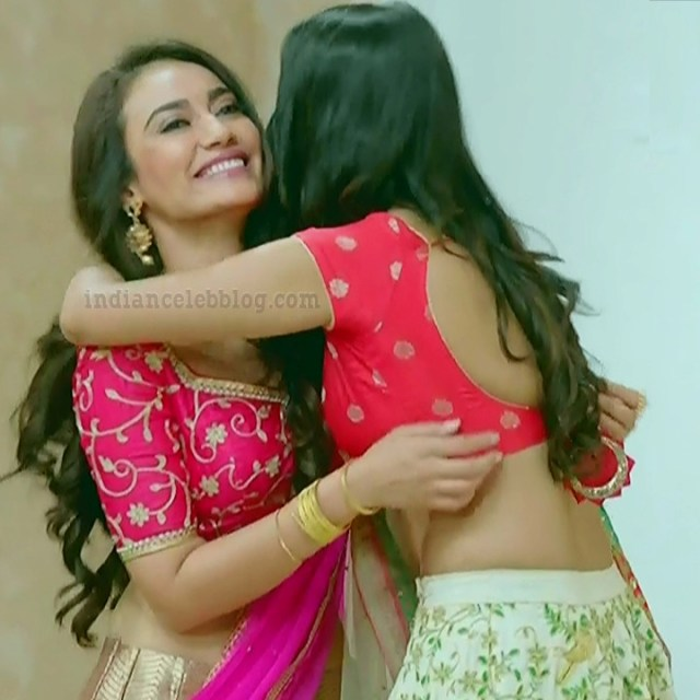 Charvi saraf hindi tv actress Naagin 3S1 10 hot lehenga photo