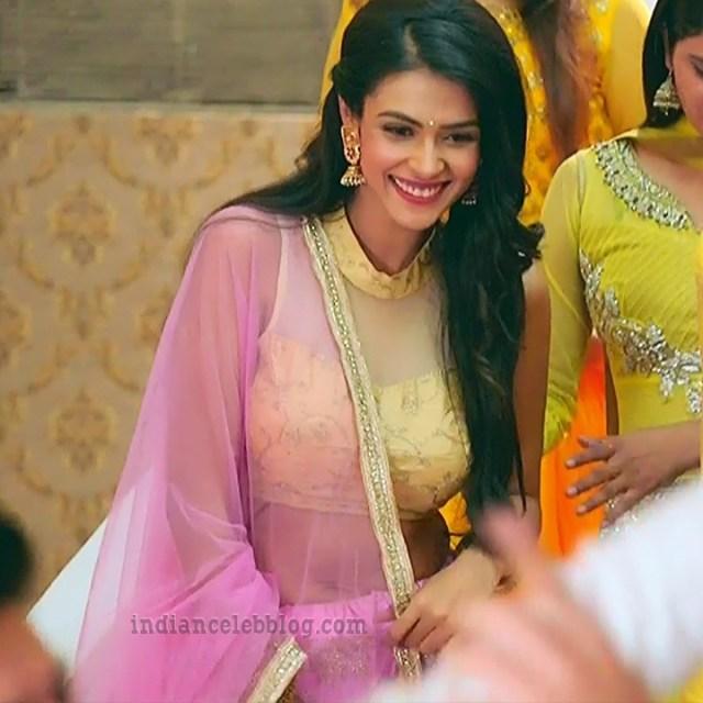 Charvi saraf hindi tv actress Naagin 3S1 3 hot lehenga caps