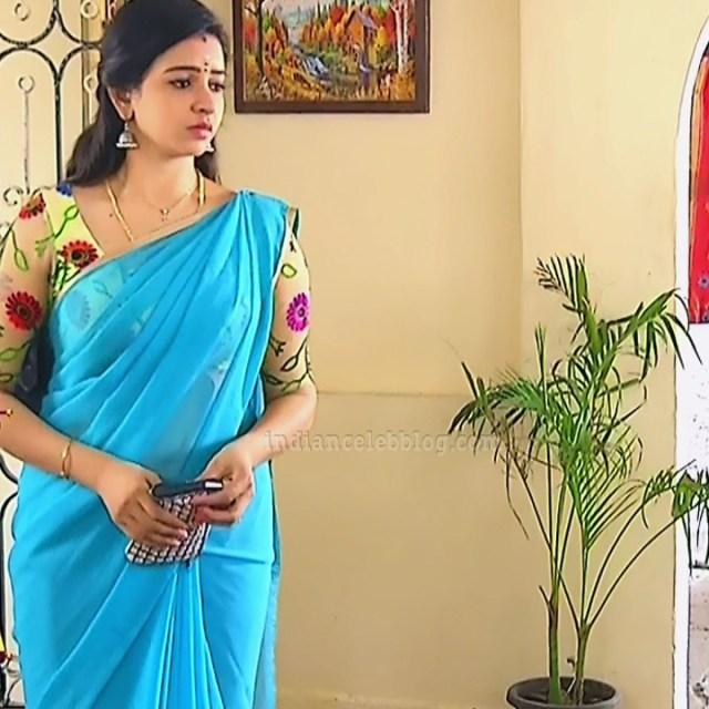 Divya ganesh tamil tv actress sumangali S5 11 sari pics