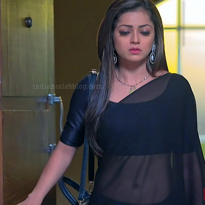 Drashti dhami hindi TV Silsila BRKS5 16 hot Saree photo