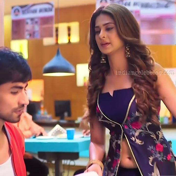 Jennifer winger hindi TV actress Bepannah S1 12 hot gown photo