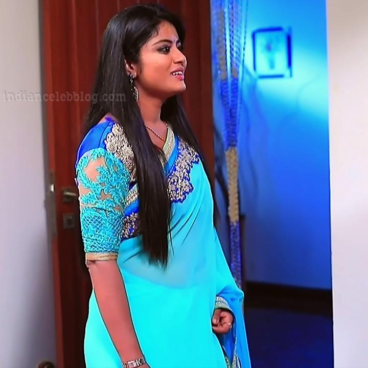 Kannada TV actress Kinnari S1 4 sari photo