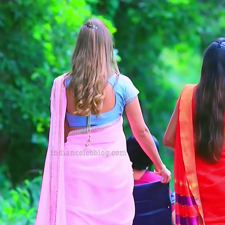 Krystyna devina lason kannada tv actress Bili HS1 7 saree caps