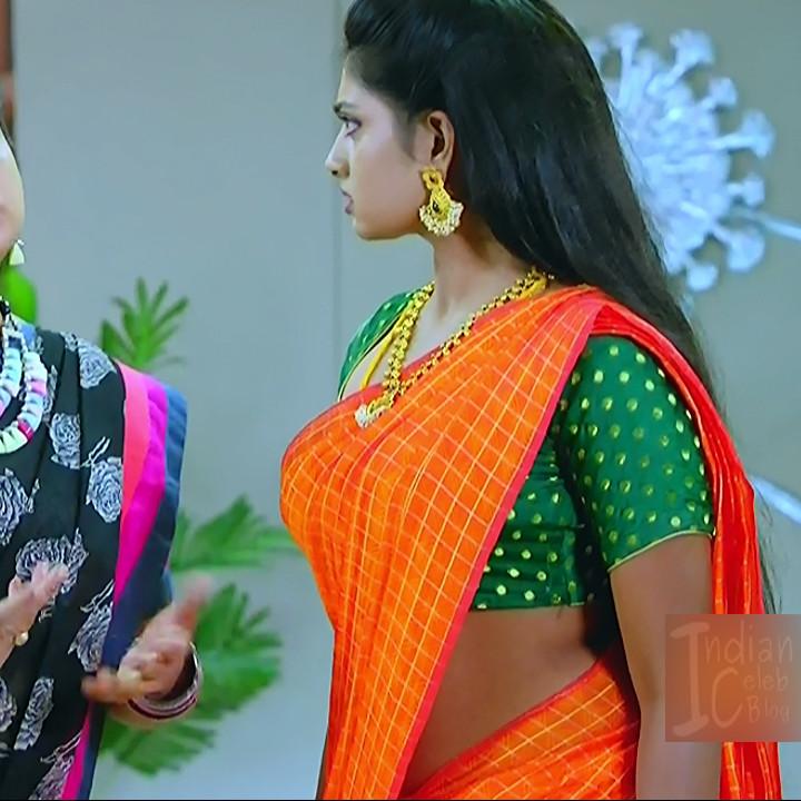Nakshatra Srinivas Tamil TV serial Maya S1 1 Hot Saree photo