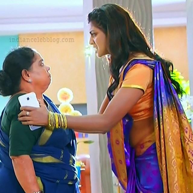 Nakshatra Srinivas Tamil TV serial Maya S1 8 Sari caps
