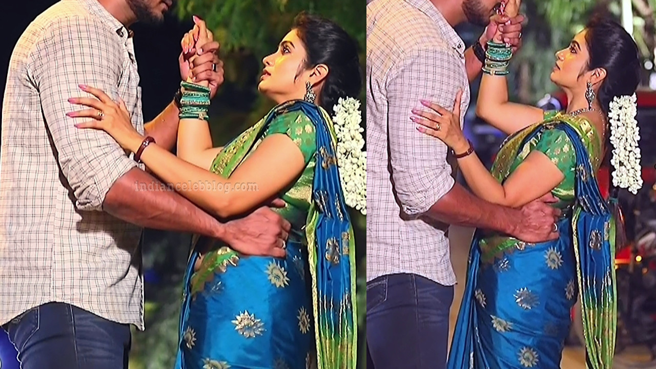 Srithika tamil TV actress KVS1 10 hot sari pics