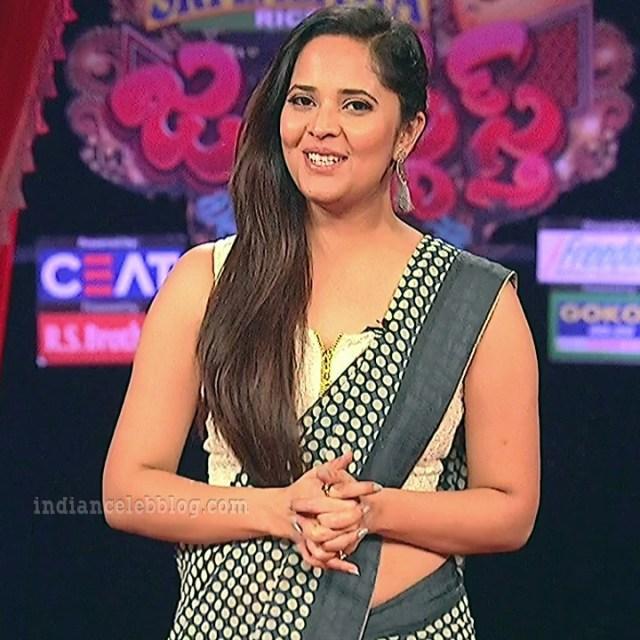 Anasuya teleugu TV anchor Reality show 1 hot saree pic