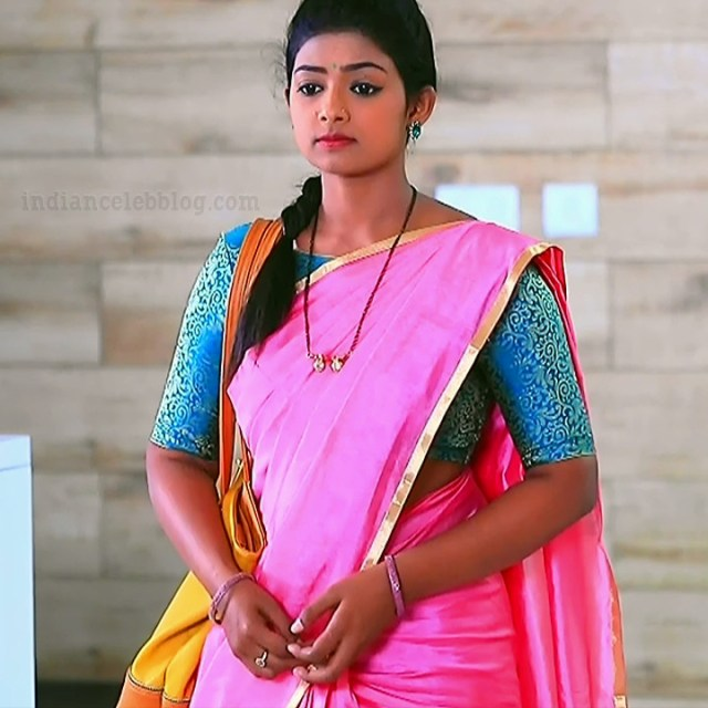 Bhoomi shetty kinnari kannada tv actress S4 13 saree photo